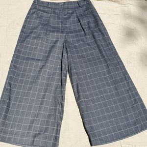 Anthropologie High-Waisted, Gray Plaid Capris, Med